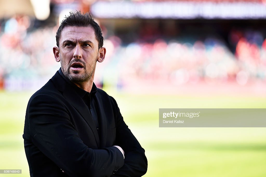 Wanderers coach Tony Popovic looks on prior to the 2015/16 A-League Grand Final match between Adelaide United and the Western Sydney Wanderers at Adelaide Oval on May 1, 2016 in Adelaide, Australia.