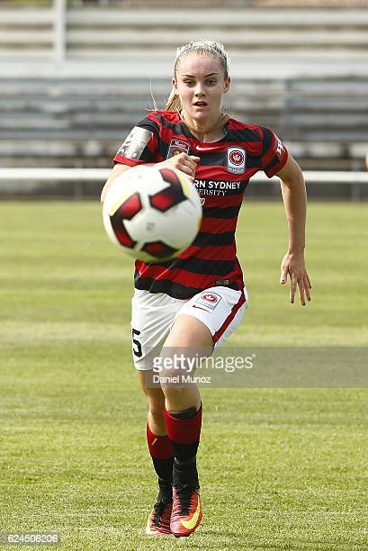 Wanderers Ellie Carpenter during the round three WLeague match between the Western Sydney Wanderers and Adelaide United at Marconi Stadium on...