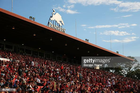 Wanderers fans cheer their team during the round 16 ALeague match between the Western Sydney Wanderers and the Wellington Phoenix at Sportingbet...