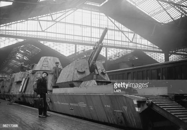 War 19391945 German armoured train put on display in the SaintLazare station 1945
