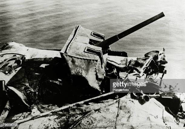 June 1940 The Battle of Dunkirk A wrecked British gun part of the huge loss of weaponry at Dunkirk The Battle of Dunkirk which took place approx 25th...