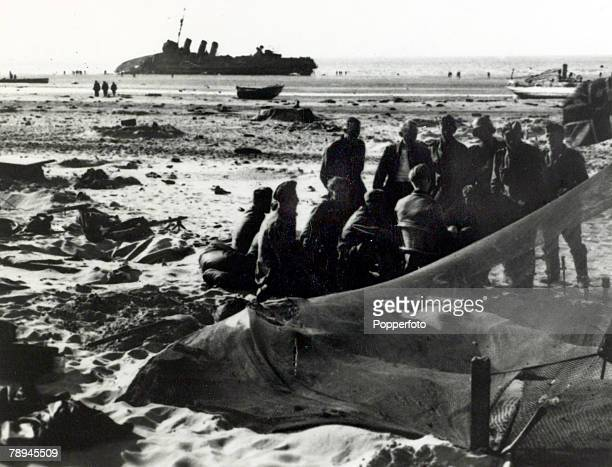 June 1940 The Battle of Dunkirk German troops on the beach at Dunkirk with a British ship and equipment littering the beach The Battle of Dunkirk...