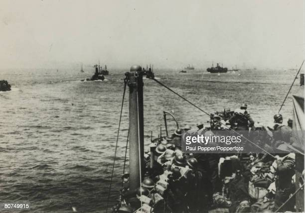 May/June 1940 The Battle of Dunkirk British ships leaving Dunkirk crammed with soldiers heading back across the English Channel The Battle of Dunkirk...