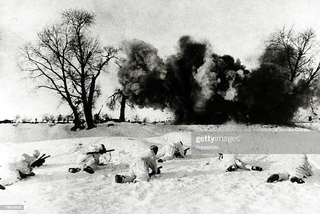 Fabulous War And Conflict World War Ii Russia Pic January 1943 Under Short Hairstyles Gunalazisus