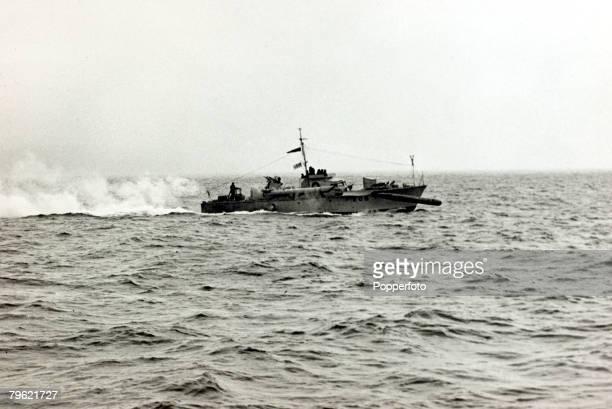 circa 1940 A British Royal Navy MTB firing a torpedo at full speed