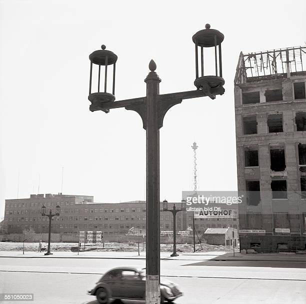 War destructions in Berlin Charlottenburg Street view at the Kaiserdamm in the background the Haus des Rundfunks Photographer Ernst Hahn