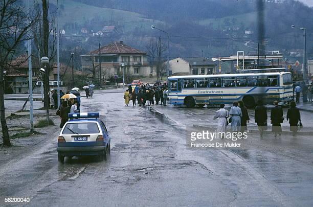 War of BosniaHerzegovina Sarajevo Departure of the personnel of Volkswagen April 1992