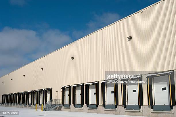 Warehouse quais de chargement