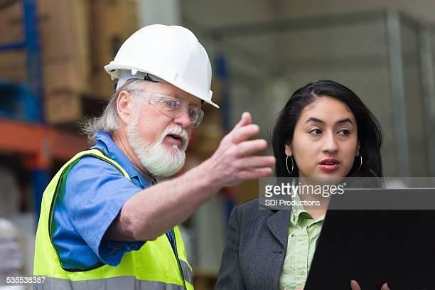 倉庫マネージャー説明するものを雌監視回路