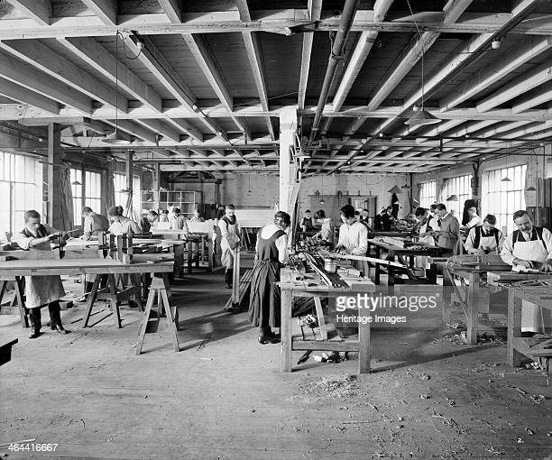 Waring Gillow factory Hammersmith London 19141918 Waring and Gillow were makers of fine furniture but during the First World War their factory and...