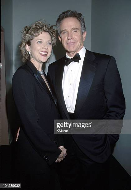 Warren Beatty Annette Bening during The 56th Annual Golden Globe Awards Red Carpet at Beverly Hilton Hotel in Beverly Hills California United States