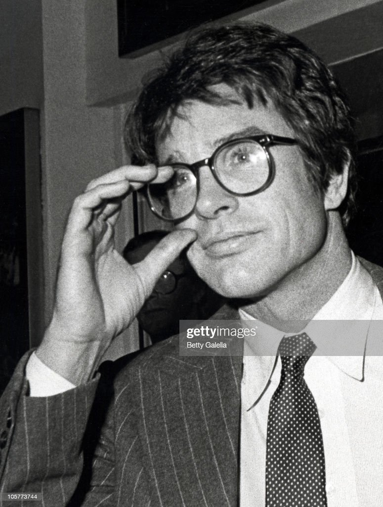 warren beatty during 42nd street broadway performance november 1 1980 picture id105773744