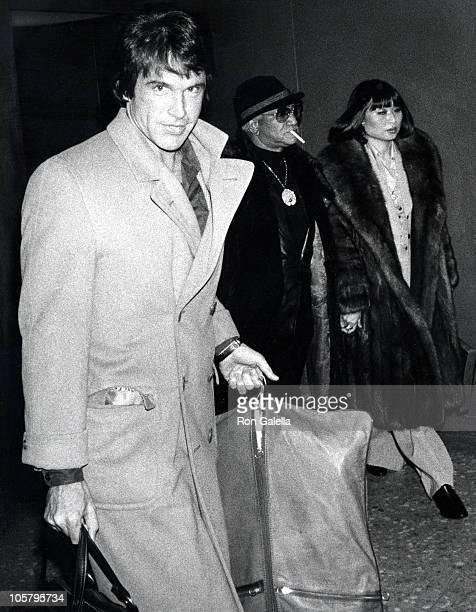 Warren Beatty during Warren Beatty Sighting January 18 1977 at Dulles Airport in Washington DC United States