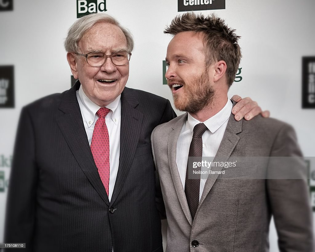 <a gi-track='captionPersonalityLinkClicked' href=/galleries/search?phrase=Warren+Buffett&family=editorial&specificpeople=533069 ng-click='$event.stopPropagation()'>Warren Buffett</a> and actor <a gi-track='captionPersonalityLinkClicked' href=/galleries/search?phrase=Aaron+Paul+-+Actor&family=editorial&specificpeople=693211 ng-click='$event.stopPropagation()'>Aaron Paul</a> attend The Film Society Of Lincoln Center And AMC Celebration Of 'Breaking Bad' Final Episodes at The Film Society of Lincoln Center, Walter Reade Theatre on July 31, 2013 in New York City.
