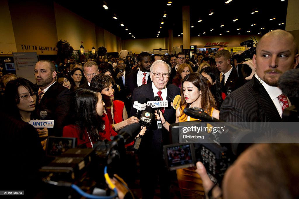 Warren Buffett, chairman and chief executive officer of Berkshire Hathaway Inc., speaks to members of the media during the Berkshire Hathaway Inc. annual shareholders meeting in Omaha, Nebraska, U.S., on Saturday, April 30, 2016. Dozens of Berkshire Hathaway Inc. subsidiaries will be showing off their products as Chief Executive Officer Warren Buffett hosts the company's annual meeting. Photographer: Daniel Acker/Bloomberg via Getty Images