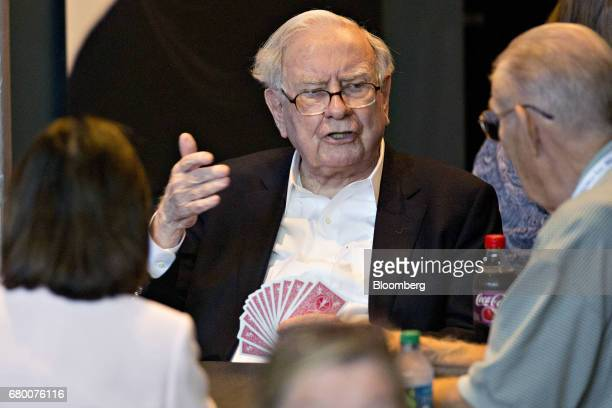 Warren Buffett chairman and chief executive officer of Berkshire Hathaway Inc plays bridge at an event on the sidelines the Berkshire Hathaway annual...