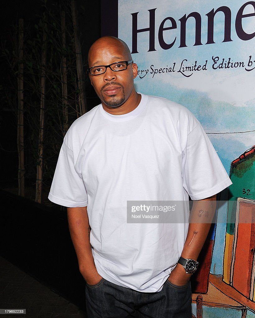 <a gi-track='captionPersonalityLinkClicked' href=/galleries/search?phrase=Warren+G&family=editorial&specificpeople=242994 ng-click='$event.stopPropagation()'>Warren G</a> attends the Hennessy OS GEMEOS Los Angeles launch at The Emerson Theatre on September 5, 2013 in Hollywood, California.