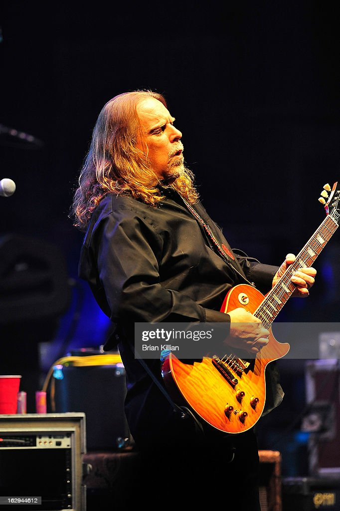 Warren Haynes of The Allman Brothers Band performs at Beacon Theatre on March 1, 2013 in New York City.