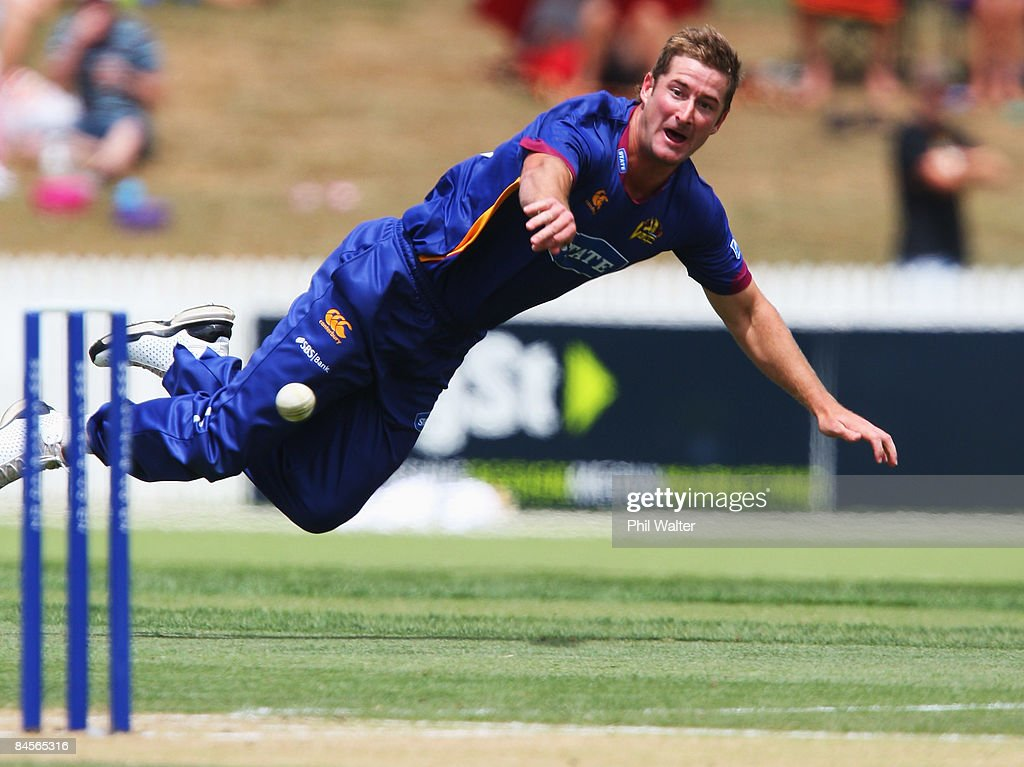Warren McSkimming of the Otago Volts fields the ball in a runout attempt during the State Shield Cricket Final between the Northern Knights and the...