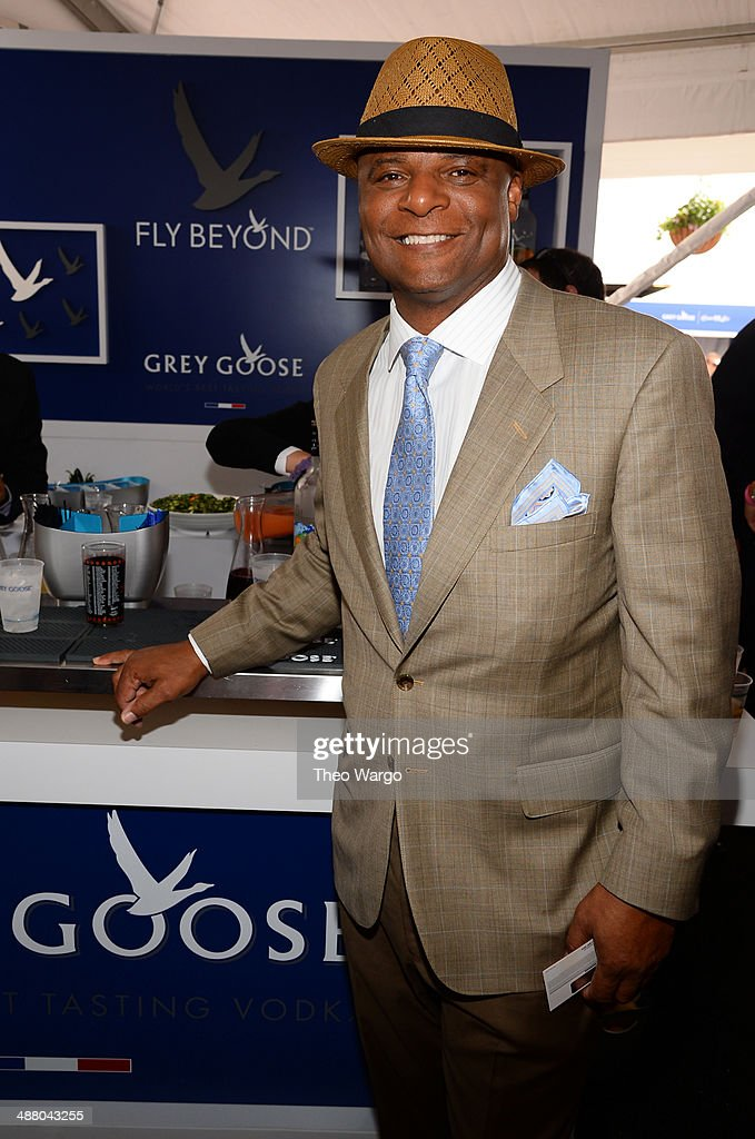 <a gi-track='captionPersonalityLinkClicked' href=/galleries/search?phrase=Warren+Moon&family=editorial&specificpeople=226907 ng-click='$event.stopPropagation()'>Warren Moon</a> at GREY GOOSE Lounge at 140th Kentucky Derby at Churchill Downs on May 3, 2014 in Louisville, Kentucky.