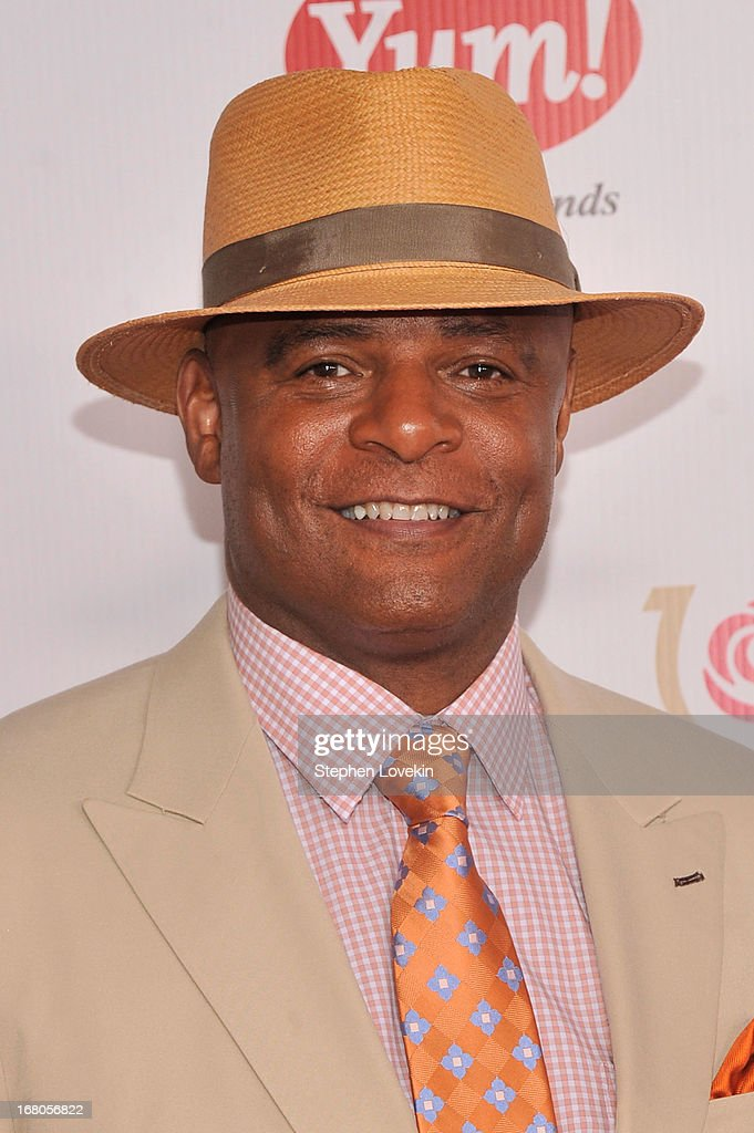 Warren Moon attends the 139th Kentucky Derby at Churchill Downs on May 4, 2013 in Louisville, Kentucky.