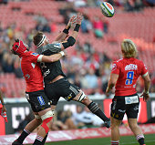 Warren Whiteley of the Emirates Lions and Kieran Read of the Crusaders vie for the ballduring the Super Rugby quarter final clash between the...