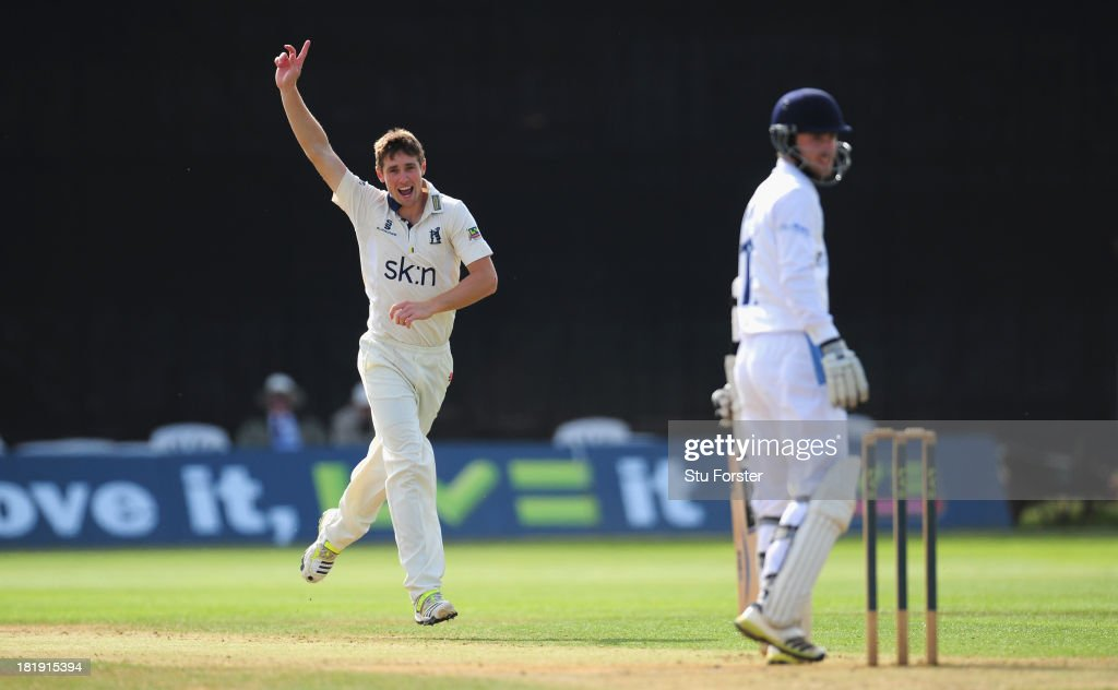 Warwickshire bowler <a gi-track='captionPersonalityLinkClicked' href=/galleries/search?phrase=Chris+Woakes&family=editorial&specificpeople=4444585 ng-click='$event.stopPropagation()'>Chris Woakes</a> celebrates after dismissing Derbyshire batsman Paul Borrington during day three of the LV County Championship match between Derbyshire and Warwickshire at The County Ground on September 26, 2013 in Derby, England.