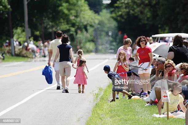 Zurückhaltung Kinder lernen Sie am 4. Juli-Parade