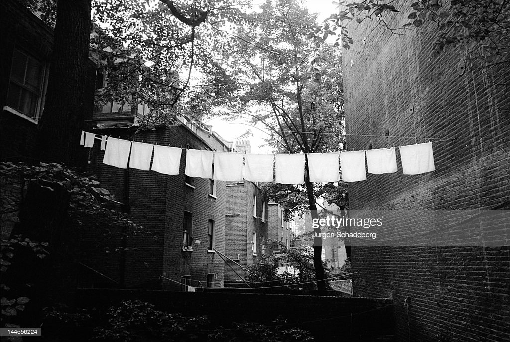 A washing line in Maida Vale, London, 1978.