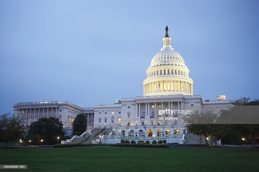 USA, Washington DC, US Capitol building at dusk : Stock Photo