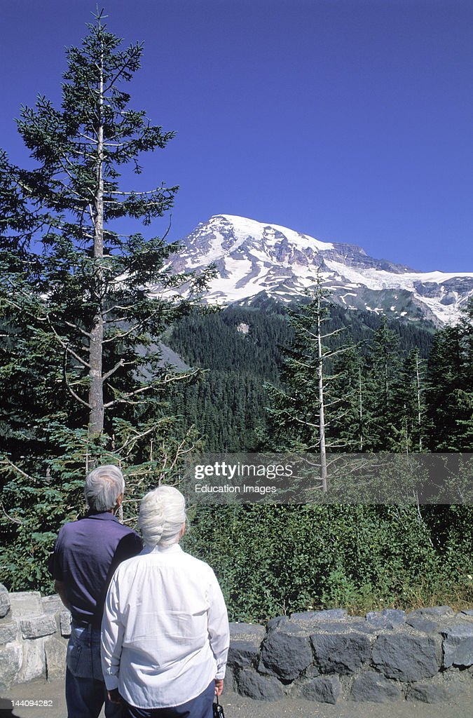 Washington, Mount Rainier, Senior Couple.
