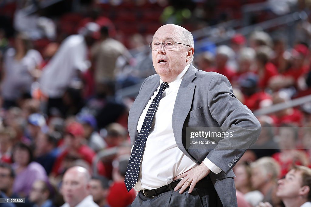 Washington Mystics head coach, <a gi-track='captionPersonalityLinkClicked' href=/galleries/search?phrase=Mike+Thibault&family=editorial&specificpeople=544624 ng-click='$event.stopPropagation()'>Mike Thibault</a> during a game against the Atlanta Dream May 23, 2015 at KFC YUM! Center in Louisville, Kentucky.