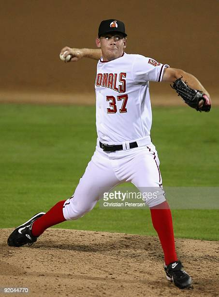 Washington Nationals prospect Stephen Strasburg playing for the Phoenix Desert Dogs pitches in the Arizona Fall League game against the Scottsdale...