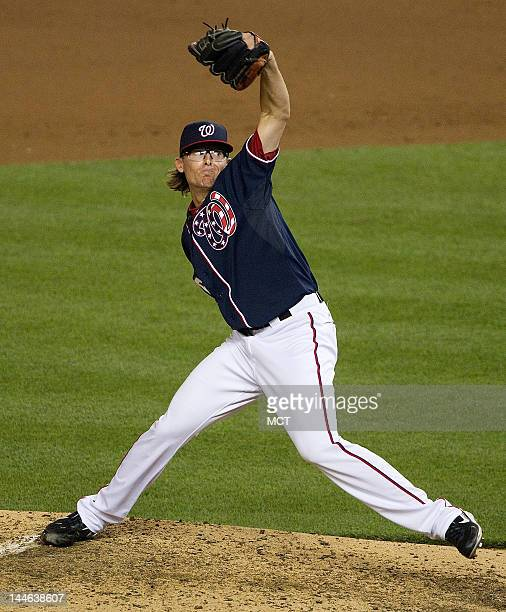 Washington Nationals relief pitcher Tyler Clippard delivers a pitch against the Pittsburgh Pirates during the eight inning at Nationals Park in...