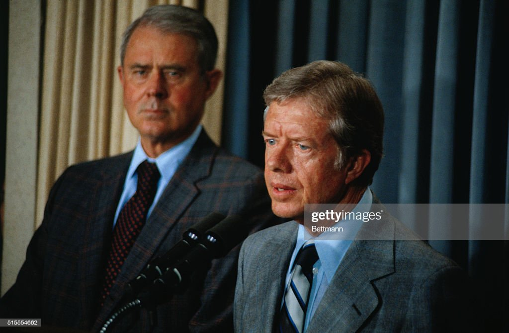Jimmy Carter and Cyrus Vance at Microphones Pictures   Getty Images