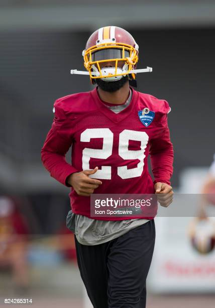 Washington Redskins cornerback Kendall Fuller runs onto the field prior to practice during day one of Redskins training camp at Bon Secours Training...