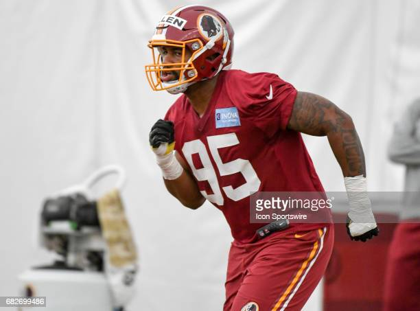 Washington Redskins first round pick defensive lineman Jonathan Allen participates in the Redskins rookie minicamp on May 13 at Redskins Park in...