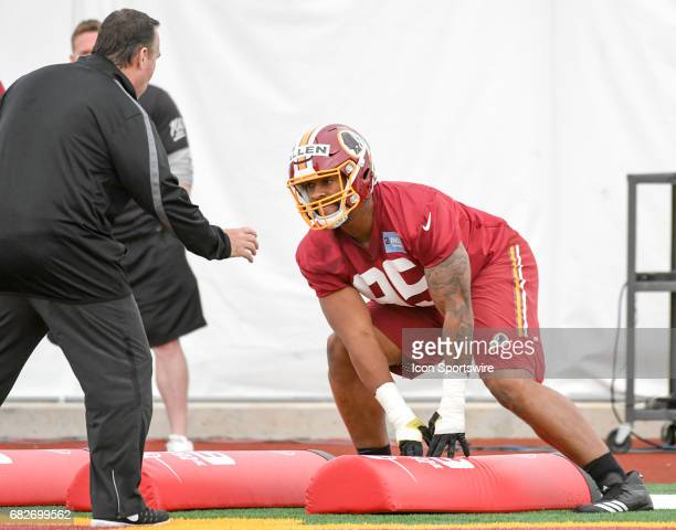Washington Redskins first round pick defensive lineman Jonathan Allen participates in the Redskins rookie minicamp under the guidance of defensive...