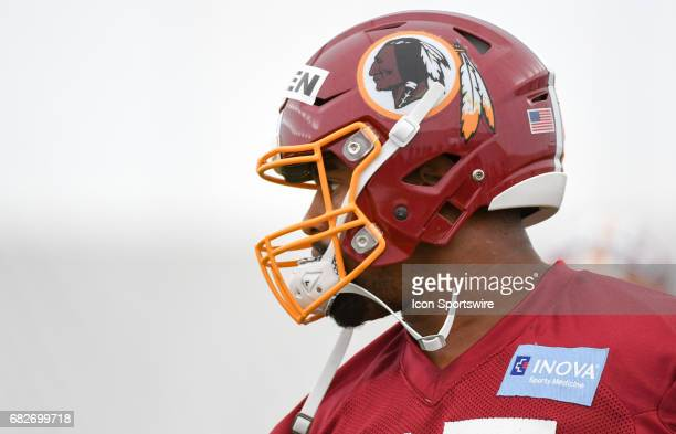 Washington Redskins first round pick defensive lineman Jonathan Allen participates in the the Redskins rookie minicamp on May 13 at Redskins Park in...