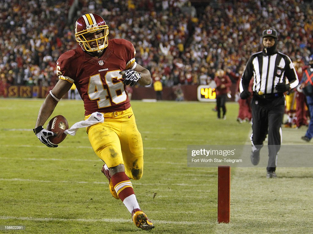 Washington Redskins running back Alfred Morris (46) hits the end zone on a 17-yard run in the second quarter with a 9-yard pass as the Washington Redskins faced the Dallas Cowboys, Sunday, December 30, 2012 in Landover, Maryland.