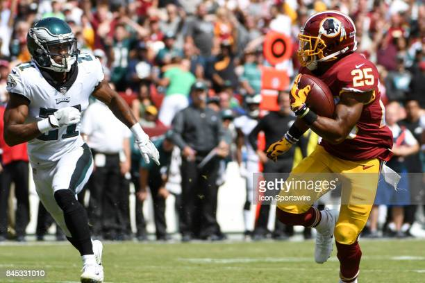 Washington Redskins running back Chris Thompson catches a 29yard touchdown pass in the second quarter against Philadelphia Eagles defensive back...