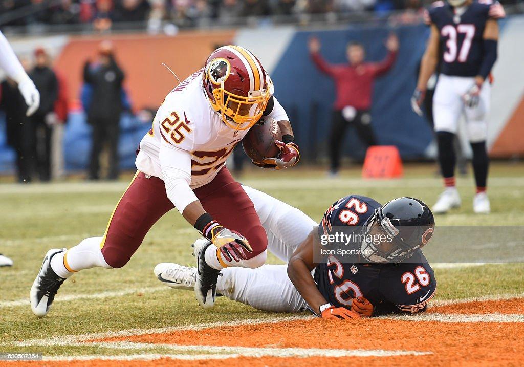 Shirt Washington Redskins Running Back Chris Thompson (25) pushes past  Chicago . 930924b9d