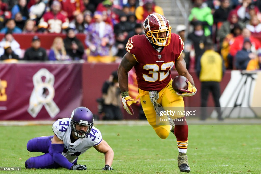 Washington Redskins running back Samaje Perine (32) makes a second quarter pass reception against tMinnesota Vikings strong safety Andrew Sendejo (34) on November 12, 2017, at FedEx Field in Landover, MD. The Minnesota Vikings defeated the Washington Redskins, 38-30.