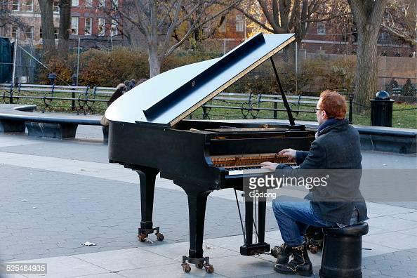 Washington Square Piano player