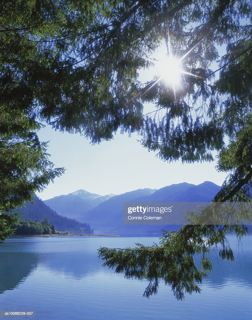 USA, Washington State, Skagit County, North Cascade Mountains, Baker Lake