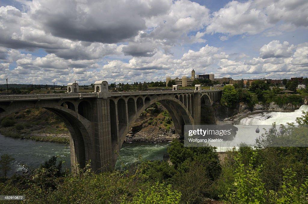 USA Washington State Spokane Riverfront Park Spokane River Monroe Street Bridge Built 1909