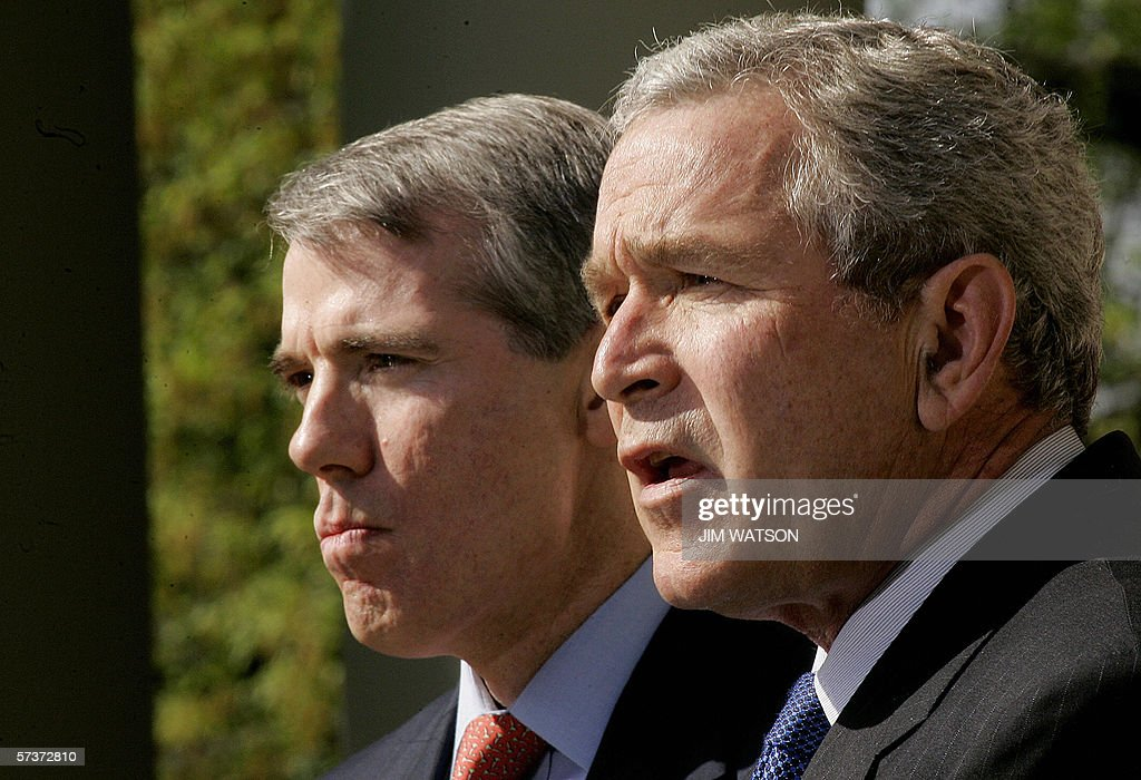 US President George W. Bush (R) nominates Trade Representitive Rob Portman as Office of Management and Budget(OMB) Director in the Rose Garden of the White House 18 April, 2006 in Washington, DC. Portman would succeed Joshua Bolten, who was appointed White House Chief of Staff. AFP PHOTO / Jim WATSON
