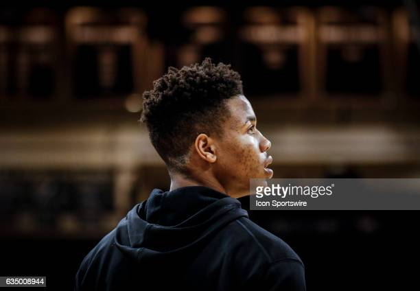 Washington's Markelle Fultz during warmups prior to their regular season Pac12 college basketball game against Colorado on February 09 at the Coors...