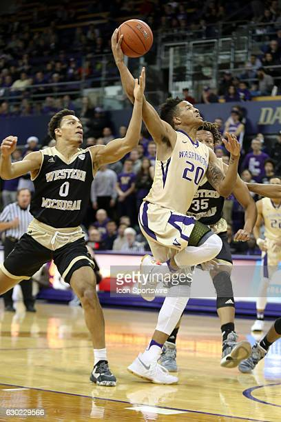 Washington's Markelle Fultz goes up for a dunk during an NCAA basketball game between the Western Michigan Broncos and the Washington Huskies on...