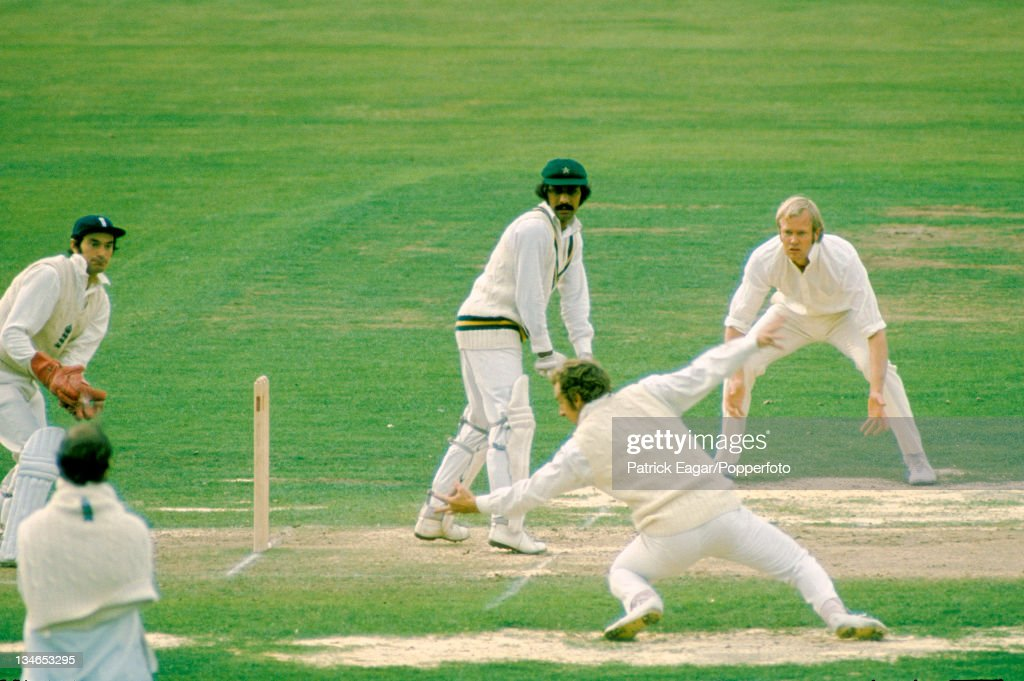Wasim Raja ct Lloyd bowled Underwood England v Pakistan 2nd Test Lord's August 1974